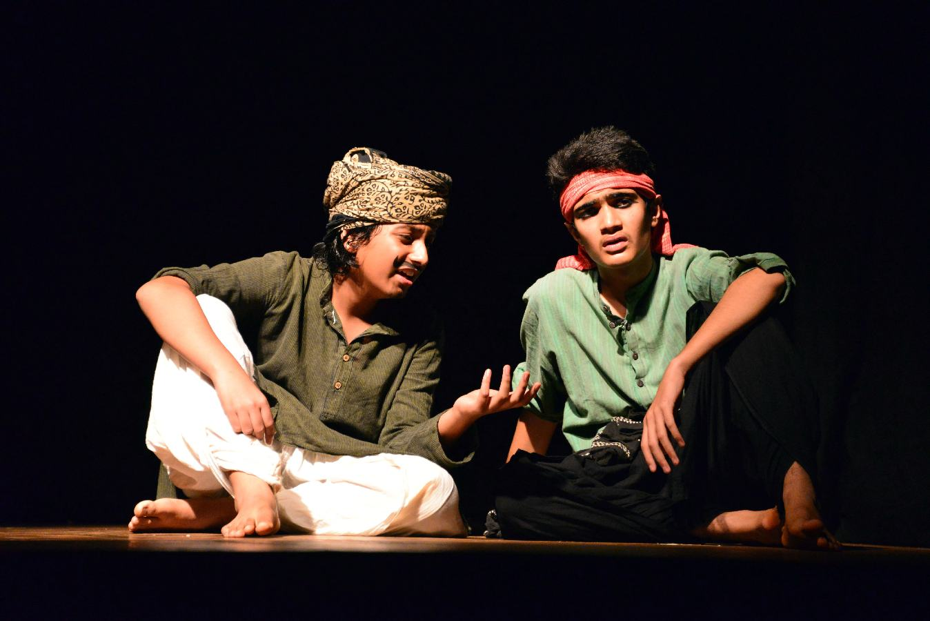 contemporary indian theatre and habib tanvirs The development of modern theatre in india is influenced by 200 years  a new  breed of directors like b v karanth, habib tanvir, bansi kaul,.